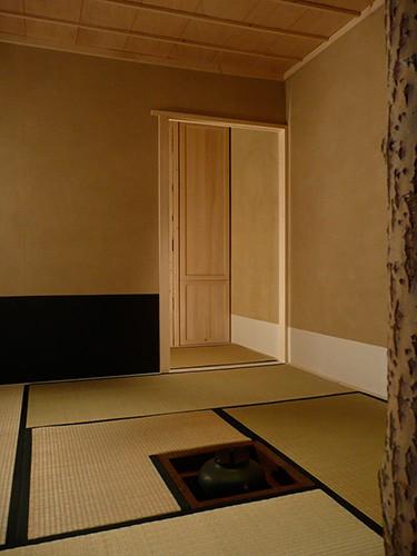 http://larsschmidt.org/files/gimgs/th-51_sukiya7_web_ellobo.jpg